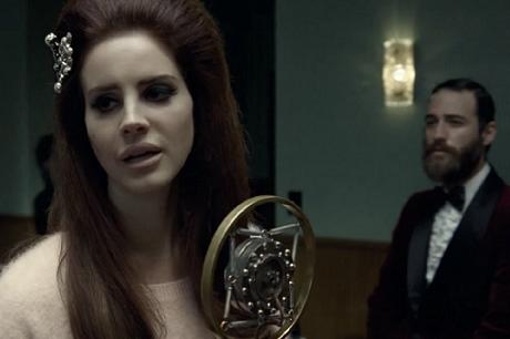 Премьера промо видео для H&M. Lana Del Rey - Blue Velvet
