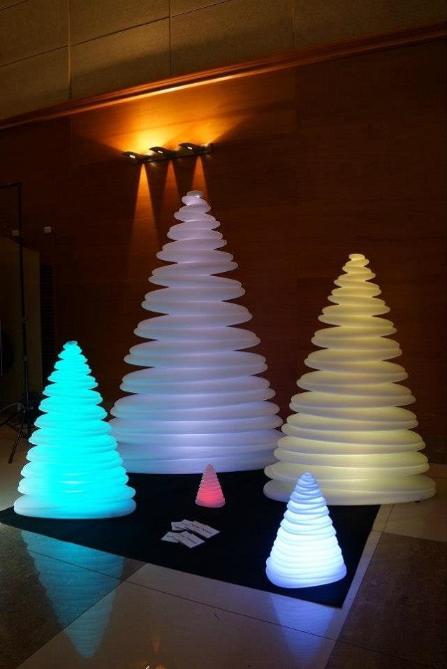 Дизайнерские новогодние ёлки CHRISMY от Teresa Sapey