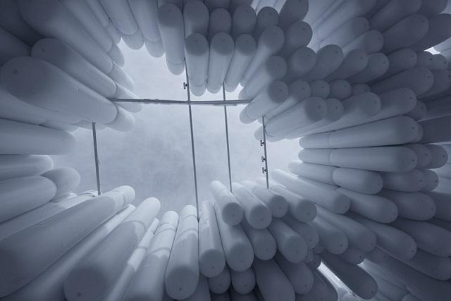 В Майами построили здание из сотен надувных баллонов