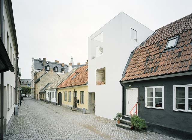 Минималистский таунхаус в Швеции