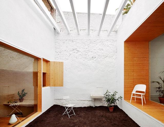 Студия для дизайнеров и архитекторов в Барселоне, Испания