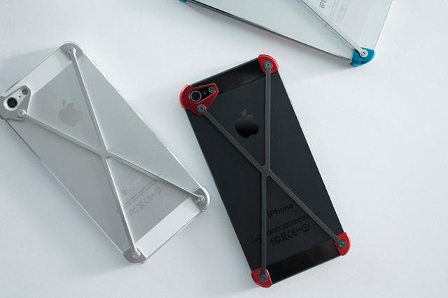 Минималистичный чехол RADIUS для iPhone 5