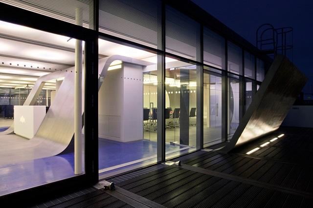 Новая штаб квартира Red Bull в Лондоне от Jump Studios