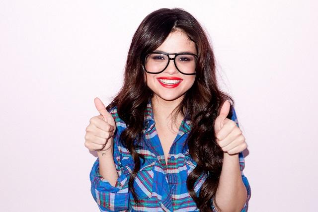 Селена Гомес снялась для Harper's Bazaar