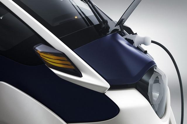Toyota представила трицикл i-Road