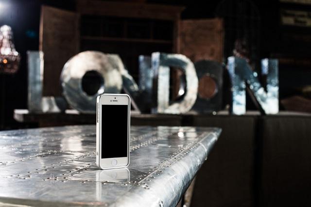 Стильные и тонкие бампера AL13 для защиты iPhone 5