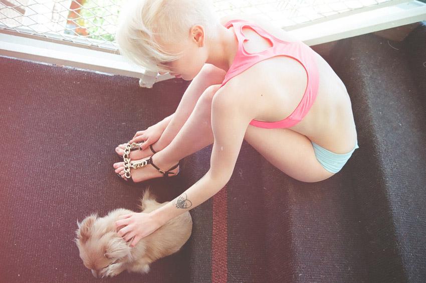 Марка Lolli Swim выпустила весенний лукбук