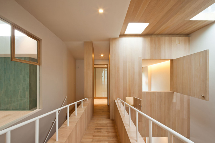 Интерьер Bear House от архитекторов студии Onion