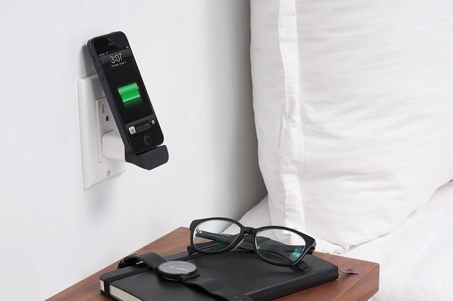Компактная зарядка MiniDock для iPhone 5