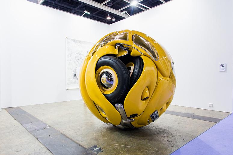 Шар из Volkswagen Beetle