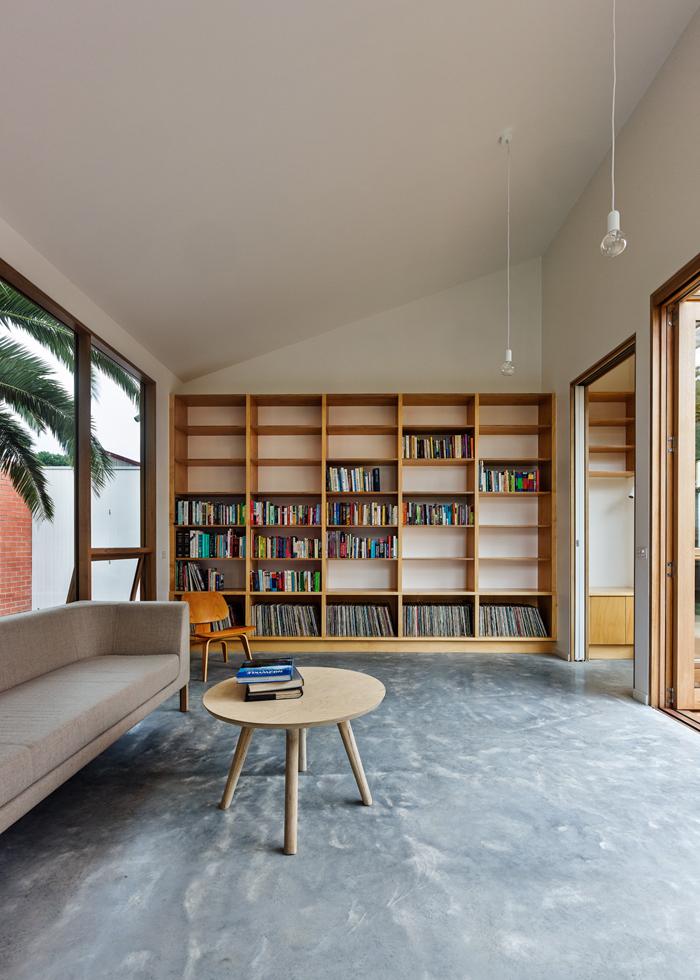 Дом-забор Profile от архитекторов BLOXAS