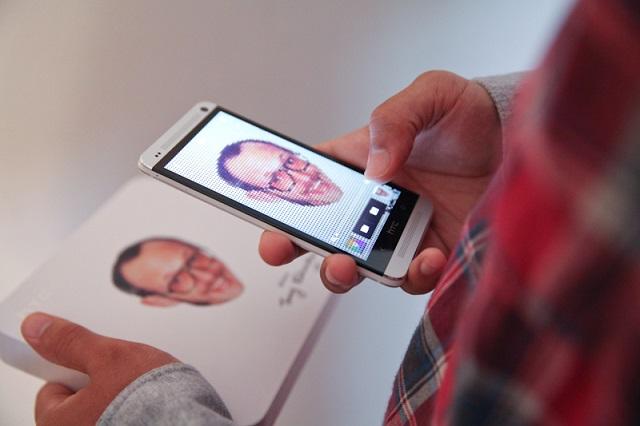 Лимитированная версия HTC One от Терри Ричардсона