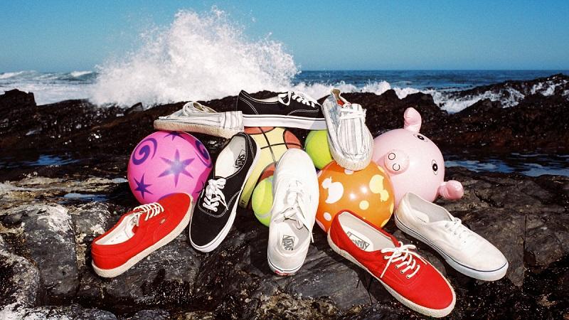 "Лукбук Urban Outfitters ""Mondo Surf"" Лето 2013"