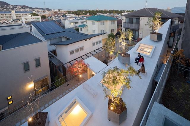 Двухэтажный жилой дом от Су Фудзимото