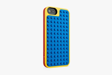 Чехлы от LEGO для iPhone 5 и iPod Touch