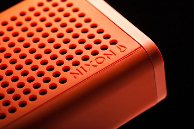 Мобильная колонка Nixon Blaster
