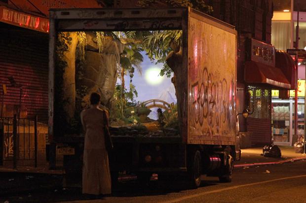 Бэнкси устроит месячную выставку на улицах Нью-Йорка