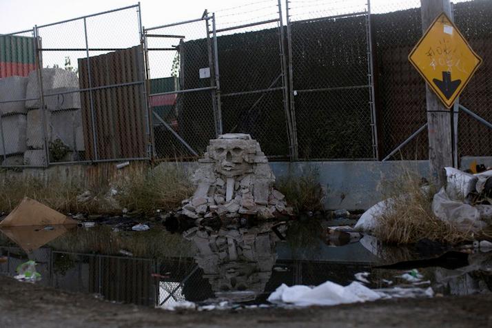Бэнкси построил в Нью-Йорке копию египетского Сфинкса