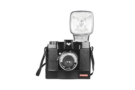 Камера для получения мгновенных снимков Diana F+