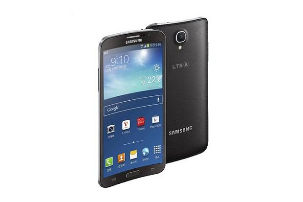 Samsung представила изогнутый смартфон