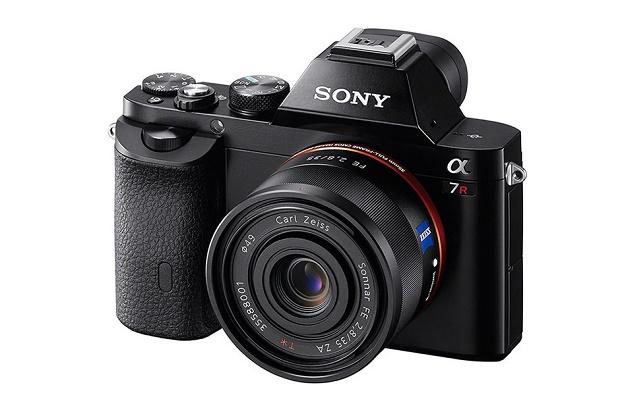 Sony представила полнокадровые беззеркальные системные камеры A7 и A7R