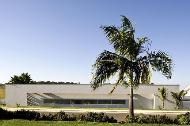 Уютный особняк с внутренним двором в Бразилии