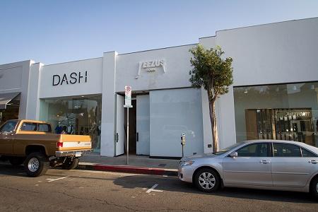 Канье Уэст открывает временный магазин Yeezus Tour Pop-Up Shop