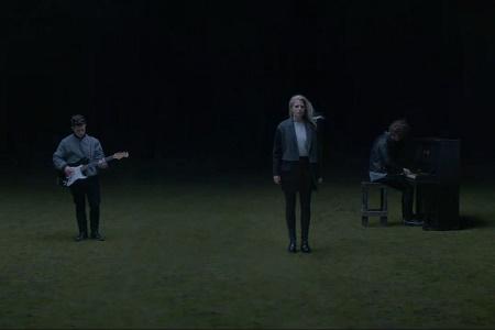 Премьера видеоклипа London Grammar на песню Nightcall