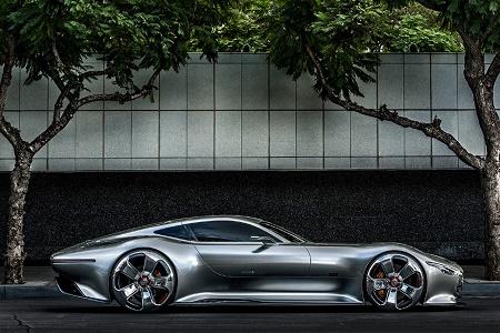 Mercedes-Benz рассекретила виртуальный суперкар