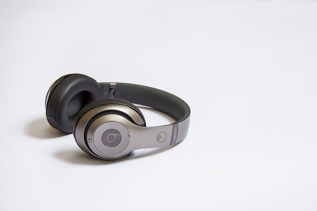 "Наушники UNKNWN x Beats by Dre ""LeBron Autographed"""