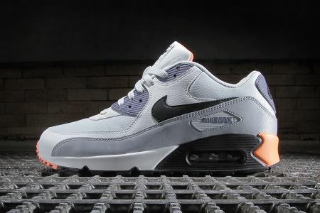 Кроссовки Nike Air Max 90 Essential Light Base Grey / Black–Iron Purple–Atomic Orange