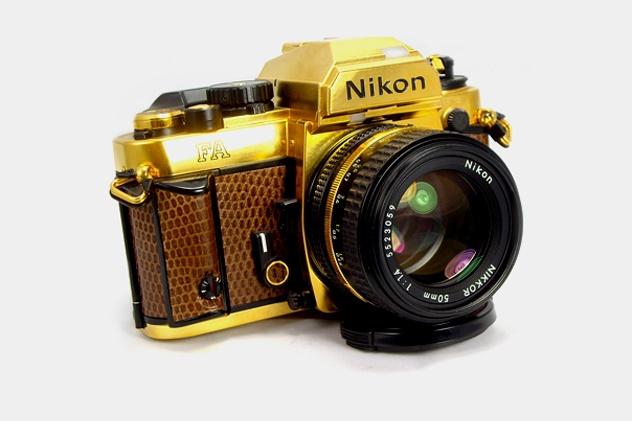 Nikon выпустили золотой фотоаппарат
