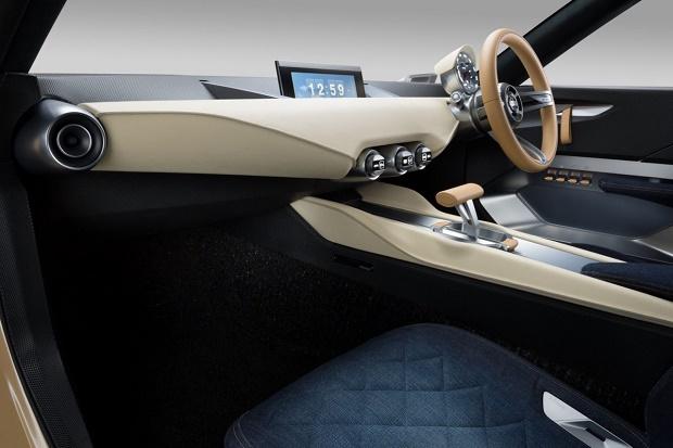 Nissan представил концепты IDx Freeflow и IDx NISMO