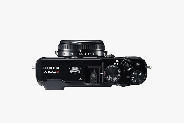 Представлена черная версия камеры Fujifilm X100S
