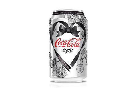 Шанталь Томас поработала над дизайном Coca-Cola Light