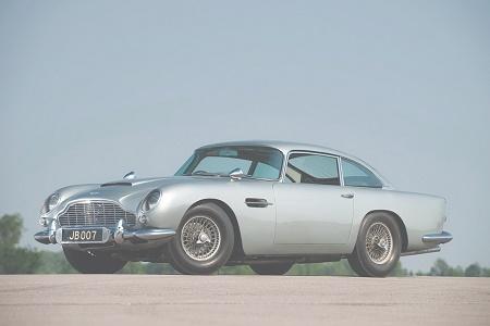 Aston Martin DB5 Джеймса Бонда выставлен на продажу