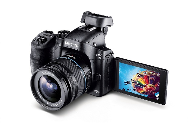 Представлена профессиональная беззеркалка Samsung NX30
