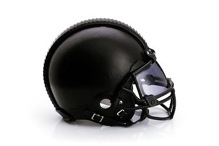 Дизайнерский шлем NFL от Public School x CFDA x Bloomingdale