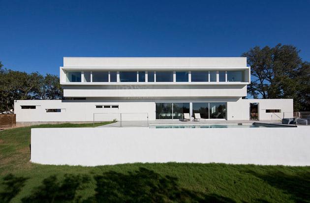 Внушительный особняк от Jadric Architektur