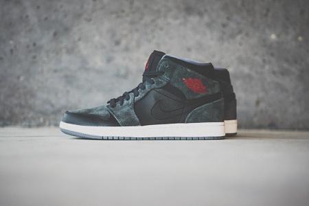 Кеды Air Jordan 1 Mid Black/Charcoal Suede