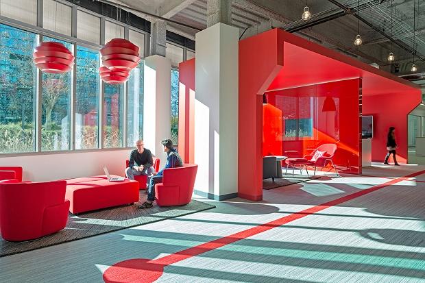 Офис кабельный оператор Comcast от Design Blitz