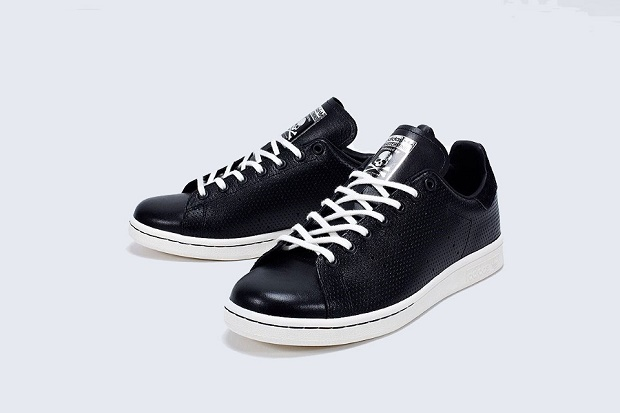 Превью новой коллаборации mastermind JAPAN x adidas Originals Stan Smith