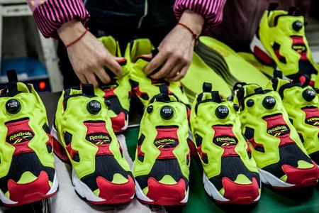Фотоотчет Sneaker Freaker с производства кроссовок Reebok Pump Fury