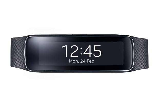Samsung представил фитнес-браслет Gear Fit