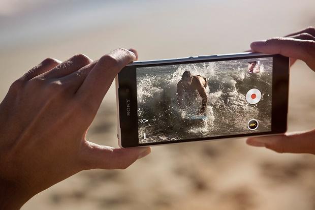 Sony представила флагманский смартфон Xperia Z2