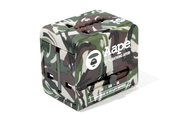 Адаптер для путешествий AAPE by A Bathing Ape