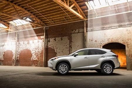 Lexus NX 2015 представлен официально