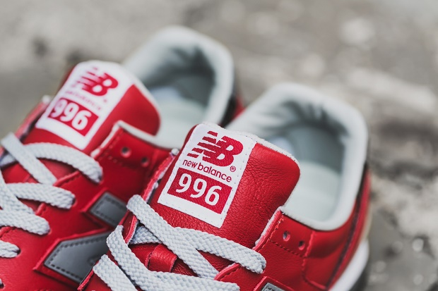 Детальные снимки кроссовок eYe COMME des GARÇONS Junya Watanabe Man x New Balance MRL996