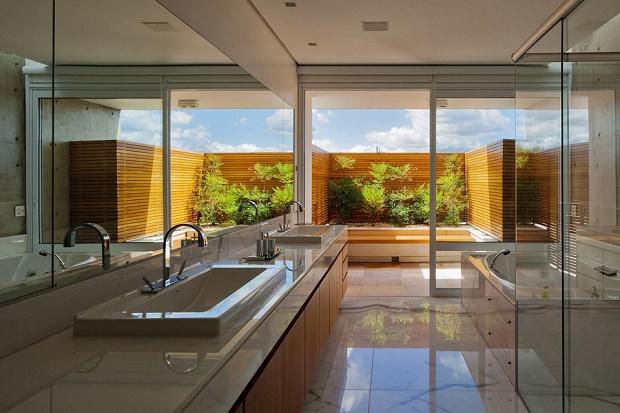 Дизайн частного дома FG от студии Reinach Mendonça