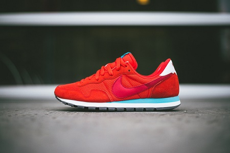 "Кроссовки Nike Air Pegasus 83 ""Light Crimson"""